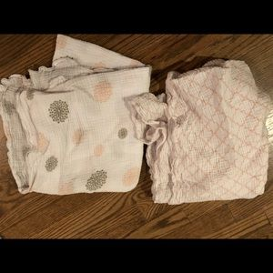 JJ Cole muslin blanket set